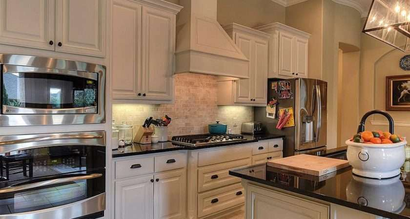 Traditional Kitchen Spring Zillow Digs