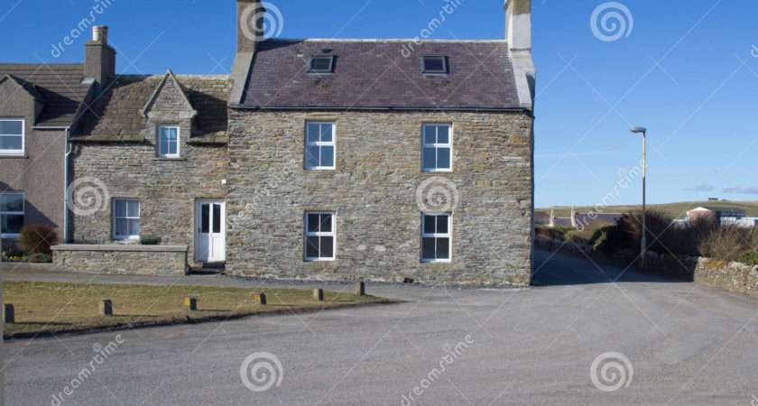 Traditional Scottish Houses Photos
