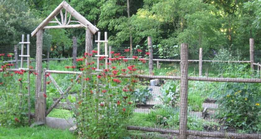 Two Men Little Farm Inspiration Thursday Rustic Garden Fence