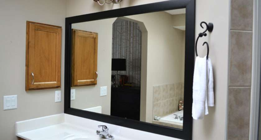 Upcycle Bathroom Mirror