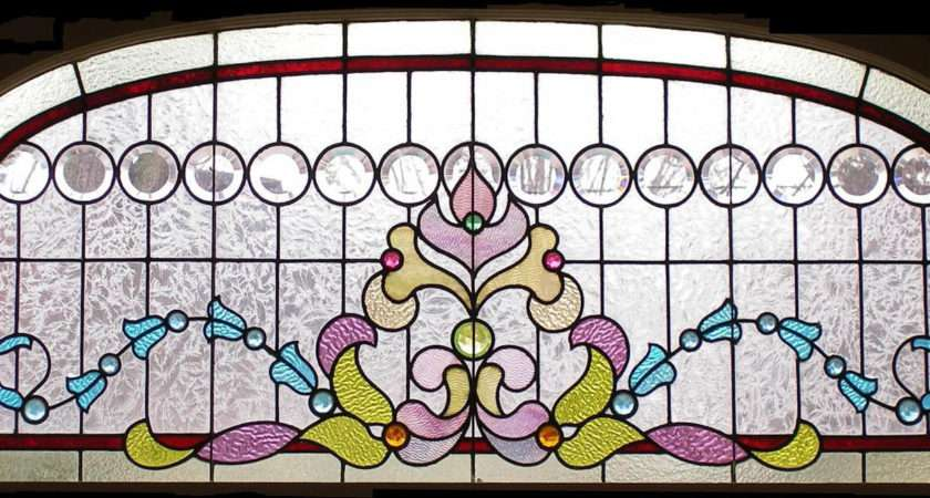 Victorian Stained Glass Group Tag