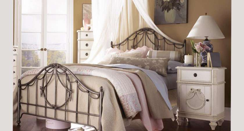 Vintage Bedroom Ideas Small Room Extensive