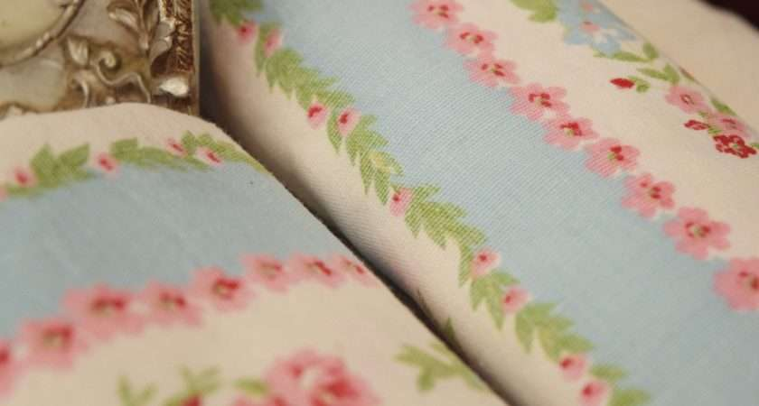 Vintage French Cath Kidston Style Floral Fabric