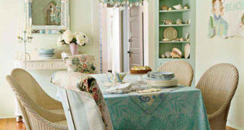 Vintage Style Dining Room Photos