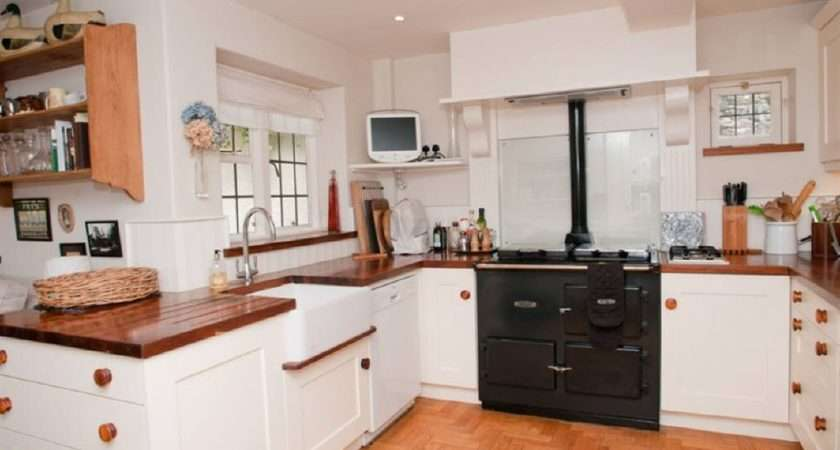 White Kitchen Aga Parquet Flooring Wooden Worktop Belfast Sink