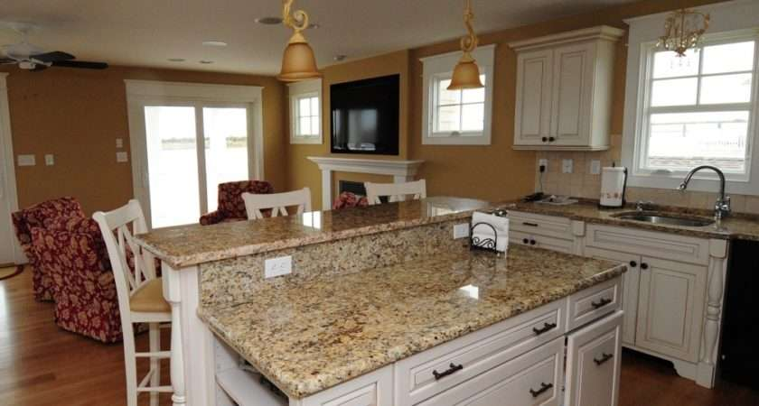 White Kitchen Cabinets Granite Countertops Photos