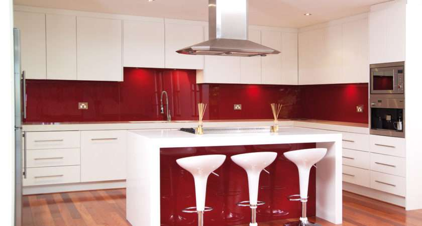 White Kitchens Bringing Positive Energy Freshness