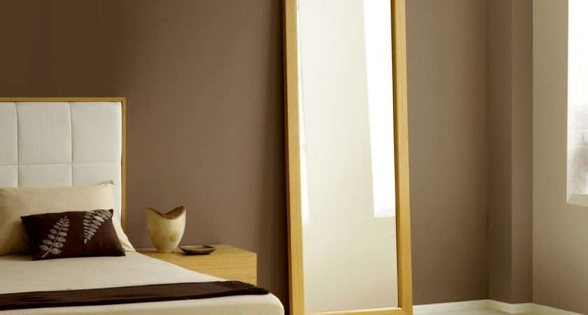 Why Mirror Facing Bed Bad Feng Shui
