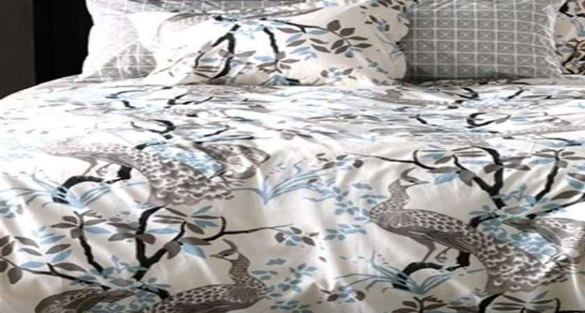 Wonderful Peacock Themed Room Bedding Decorating