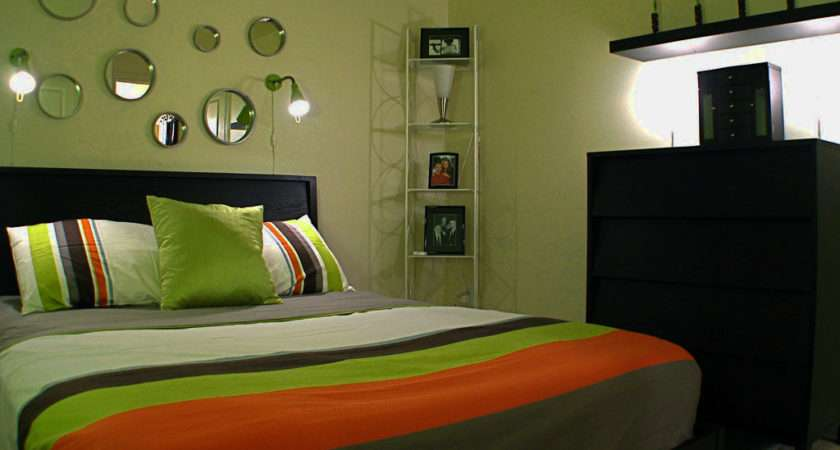 Wonderfull Decorate Bedroom Walls Design