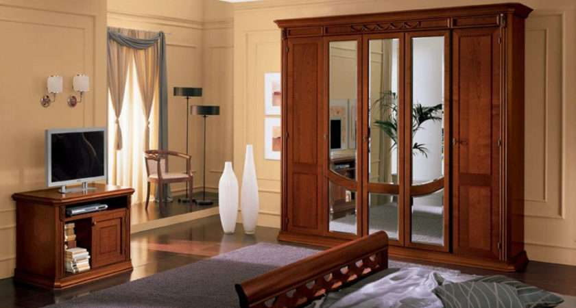 Wooden Bedroom Wardrobe Design Ideas