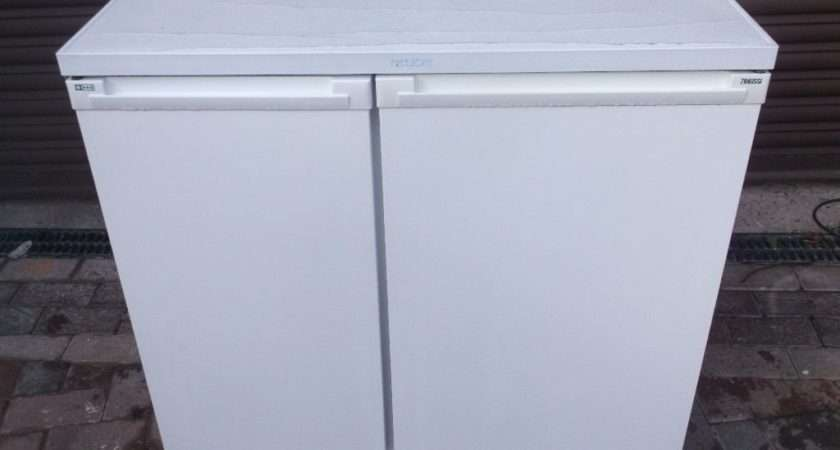 Zanussi Under Counter Frost Side Fridge