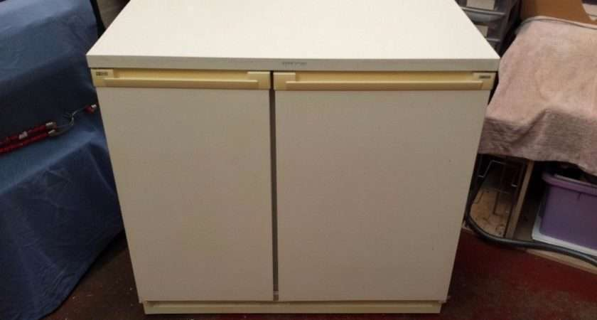 Zanussi Wide Side Under Counter Fridge